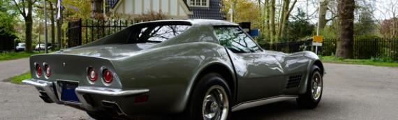 Corvette Collides With Tree in Washington, Splits in Half